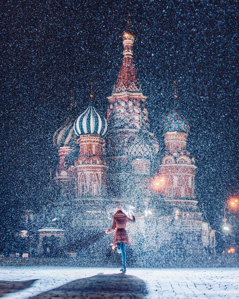 Kristina Makeeva Captures Magical Photos Of Girls At The World's Most Beautiful Places