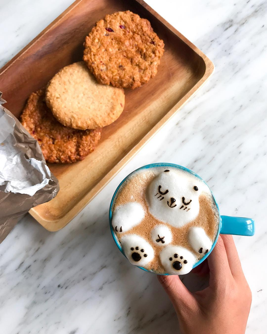 Self-Taught Latte Artist Daphne Tan Whips Up Adorable 3D Coffee Art